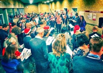 FællessaFællessang i folkehuset Absalonng i folkehuset Absalon