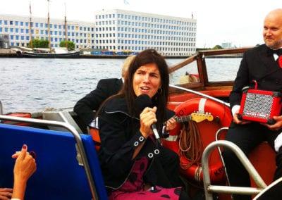 Musik til bryllupsfesten på havnerundfarten med Anna Kruse